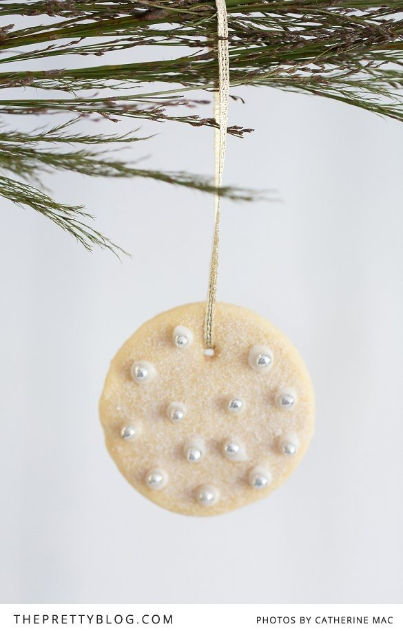 Edible Christmas Cookie Decorations How-To | Cool Mom Picks