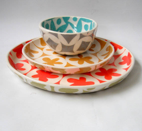 Ceramic dishes that make it a mod mod mod mod world.