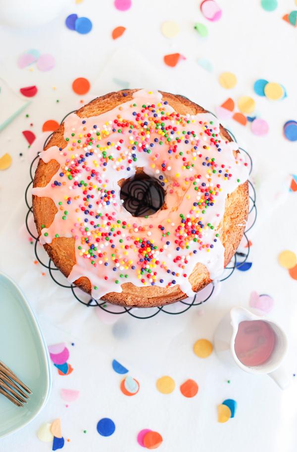 Mmmmm….donut cake recipe