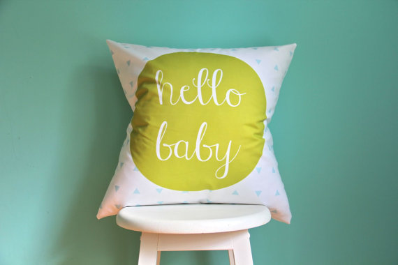 Modern nursery decor to welcome babies, without a princess crown or a train in sight.