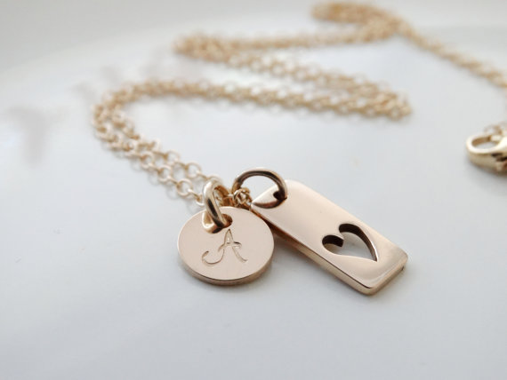 A lovely keepsake Valentine's Day necklace for moms (and it's affordable too, hint, hint)