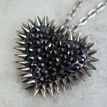 8 creative Valentine's Day jewelry ideas for modern day gals. As in, no diamond tennis bracelets.