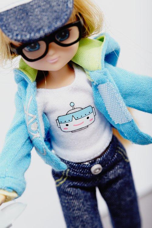 Lottie Doll Robot Girl | Cool Mom Picks