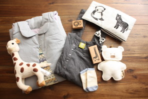 A baby gift box subscription that makes the giving as wonderful as the receiving.