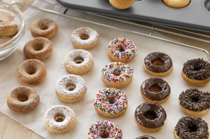 8 easy donut recipes so absurdly delectable, you'll be baking every week. (Time to make the you-know-what.)