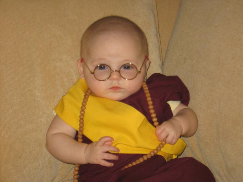 Creative Halloween costumes for baby: DIY baby Dali Lama costume