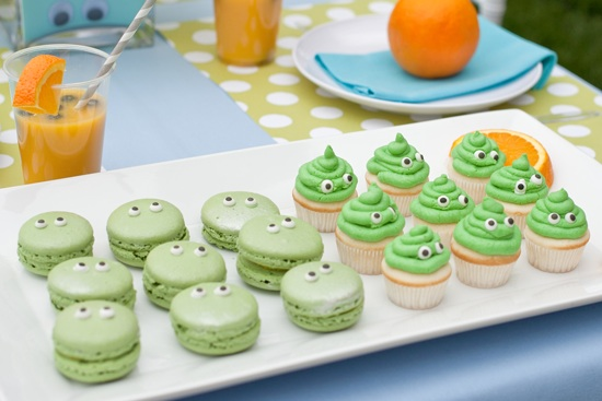 Last Minute Halloween ideas: Monster party treats at One Charming Party