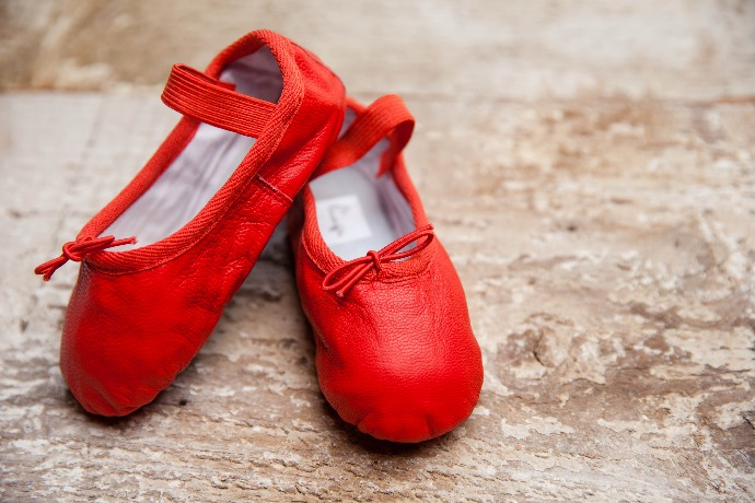 Valentine's gifts for babies: Linge leather ballet flats