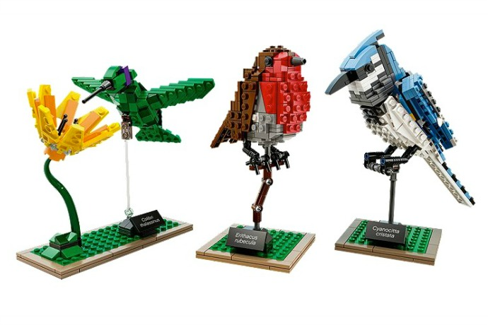 LEGO goes to the birds