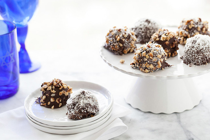 5 knockout Passover dessert recipes that you'll totally crave again before next year's seder.