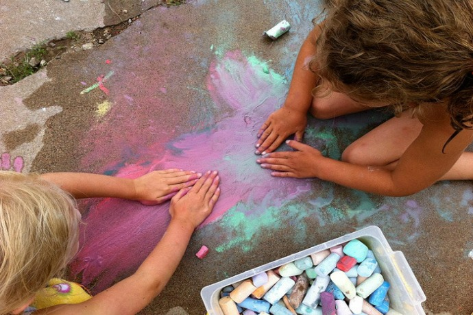 12 fantastically messy projects for kids that let you be That Fun Parent
