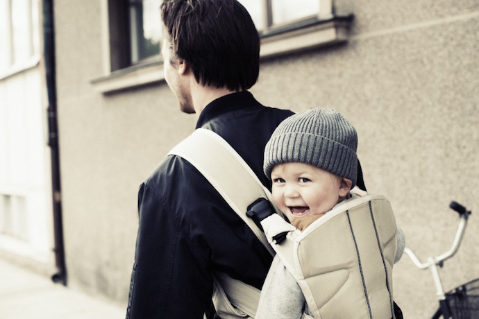 3 of the best baby carriers for dads. Because dads are awesome baby-wearers too.