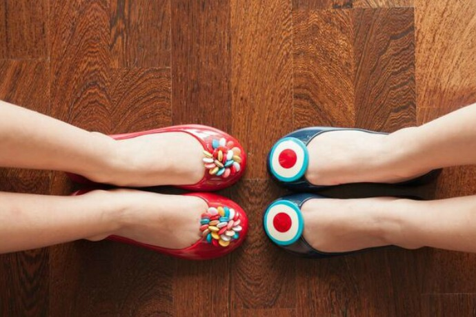 Ooh la la! These ballet flats from Paris are my girls' jam