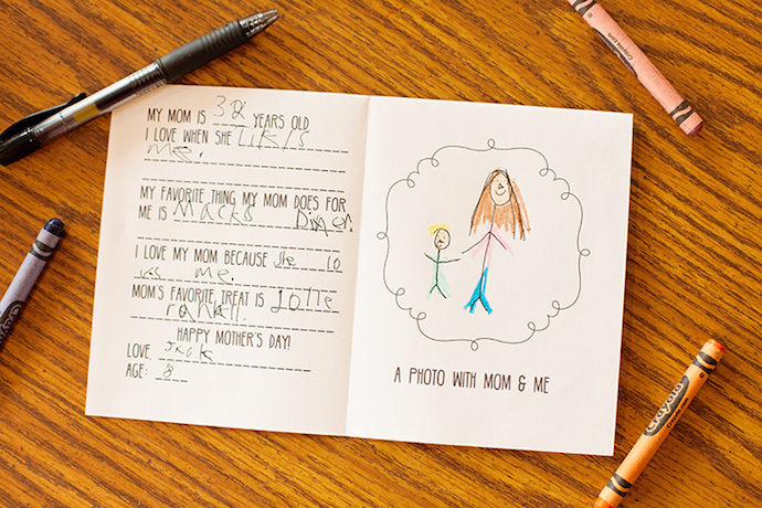 Easy handmade Mother's Day card printable from Lil Luna