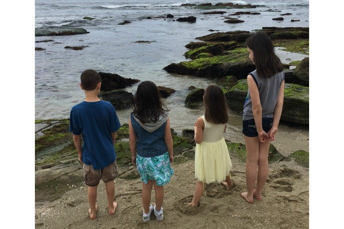 Budget family travel tips: 5 smart do's and don'ts to save you a ton on your next family vacation