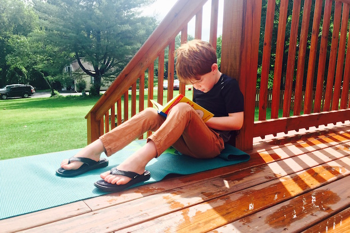 A super simple tip to help your kids with their summer reading right now