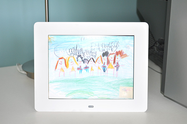 digital frame idea from The Organised Housewife: storage solutions