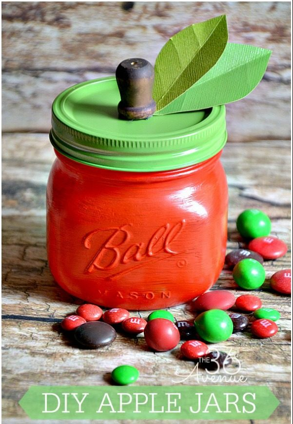 These DIY Apple Mason Jars from the The 36th Avenue blog are so adorable and the perfect DIY holiday gift for teachers.