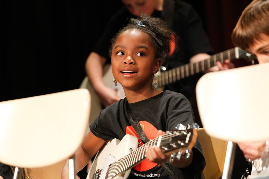 A year-end charitable donation to Little Kids Rock will provide instruments and music lessons to kids in often underfunded public schools.