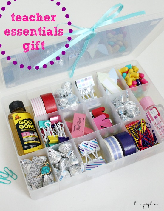 Add this to your list of DIY holiday teacher gifts! We think the Teacher's Essentials supply gift box from Hi Sugarplum will be unexpected and much appreciated.