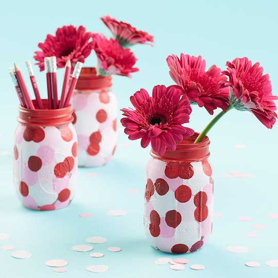 Last-minute Valentine's Day gifts: Mason Jar Flower Project by Michael's