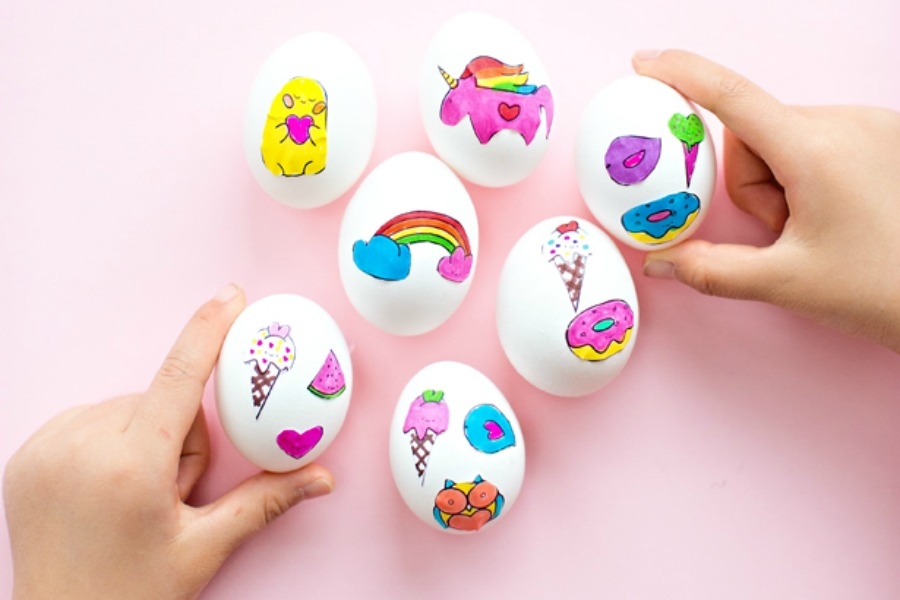We hunted down 10 of the cutest free Easter printables for kids. So you don't have to.