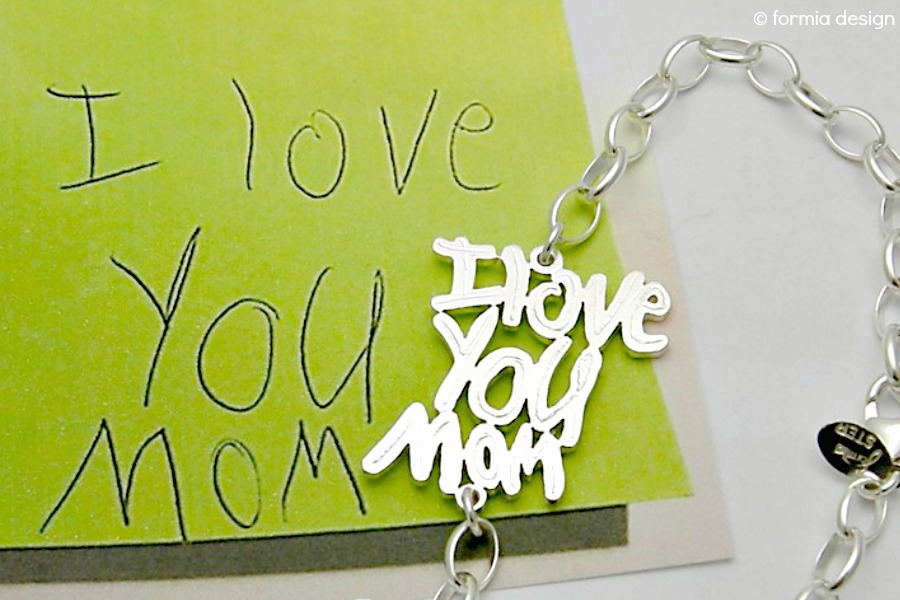 15 of our very favorite personalized gifts for mom | Mother's Day Gift Guide 2017