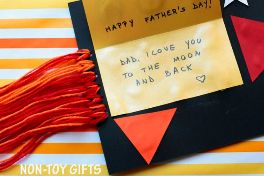 11 creative DIY Father's Day cards kids can make! Awwww…. | Father's Day Gift Guide 2017