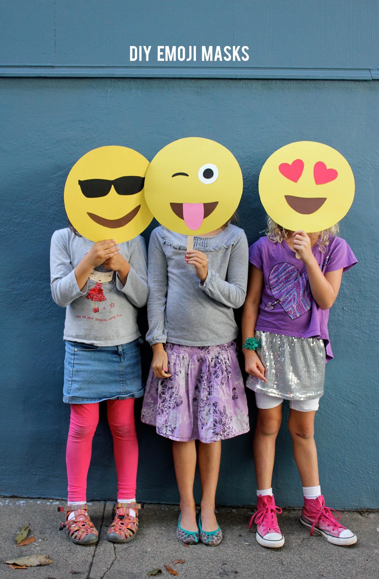 Emoji party photobooth props: DIY Emoji Masks | Alice and Lois