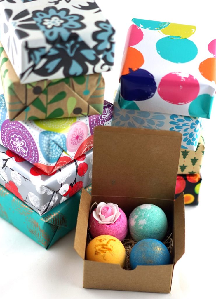 Fabulous handmade, natural bath bombs from LifeAround2Angels on Etsy