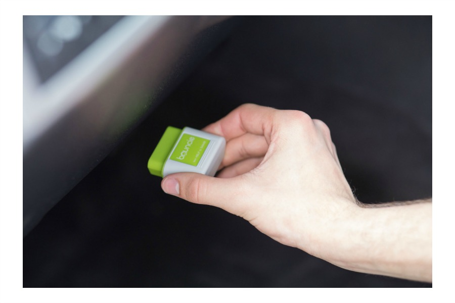 Bouncie: The simple, powerful device that's keeping families safer on the road.