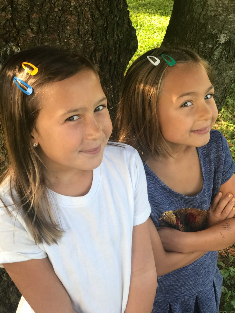 8 subtle ways for kids to show their team spirit: Color coordinated barrettes