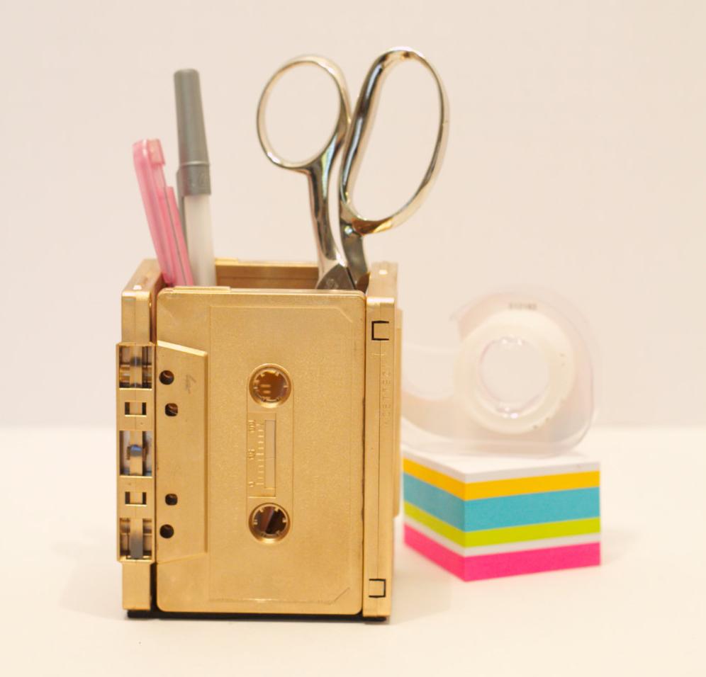 Gold Retro Cassette Pencil Holder | Cool metallic school supplies | back to school shopping 2017