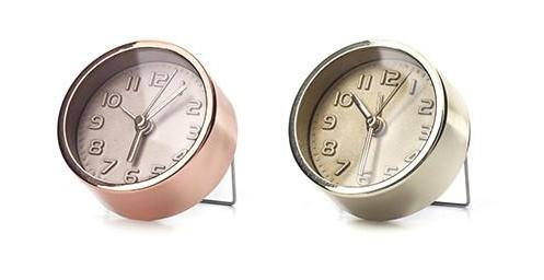 Gold or Copper Alarm Clock | Cool metallic school supplies | back to school shopping 2017