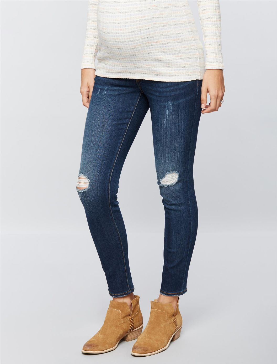 Maternity staples for fall: Luxe Essentials Maternity Jeggings | A Pea in the Pod
