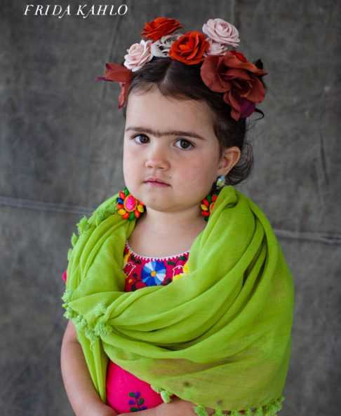 Strong girls Halloween costumes inspired by real heroes: Frida Khalo Costume diy on Oh Happy Day