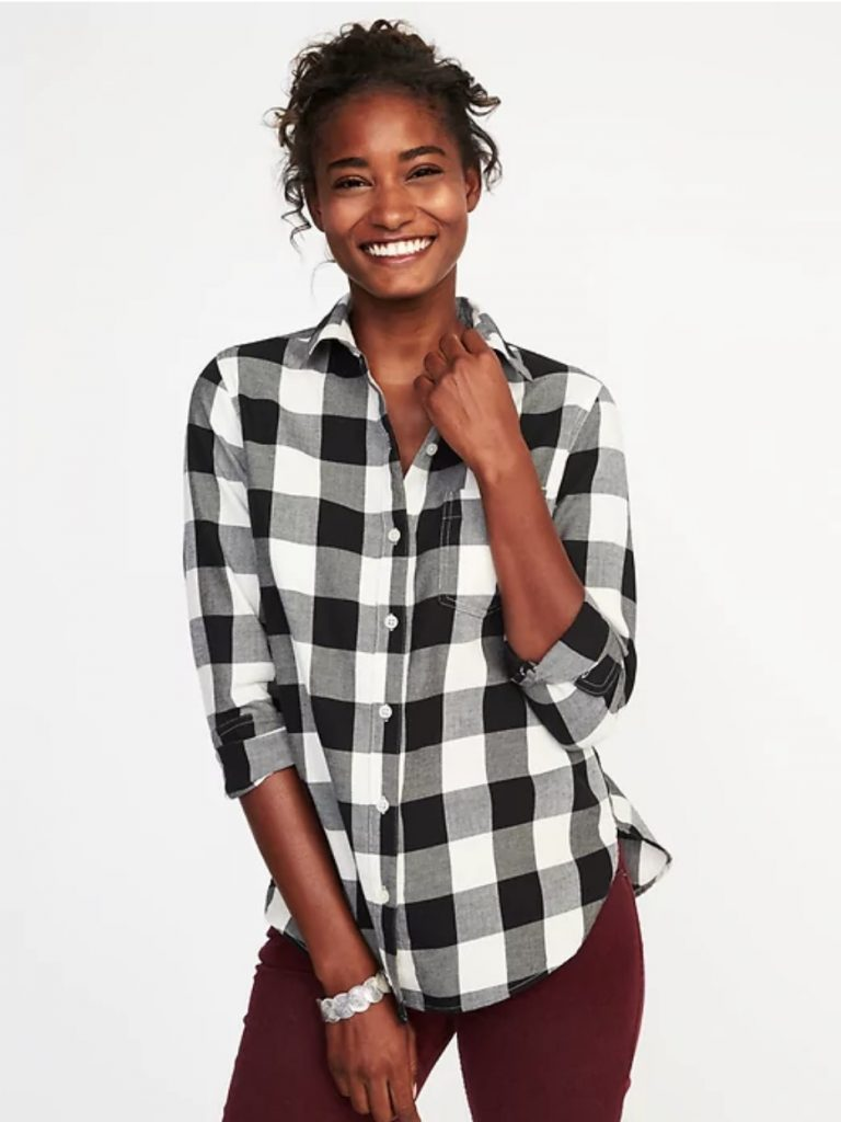 How to wear 90s style today: Buffalo checked black and white flannel shirt at Old Navy