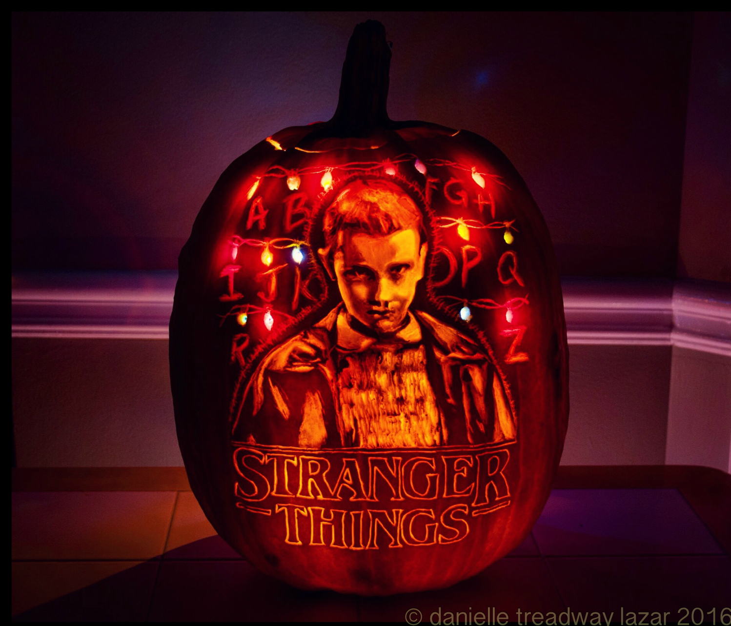 Throwing A Stranger Things Party 20 Of The Coolest Creepy Ideas