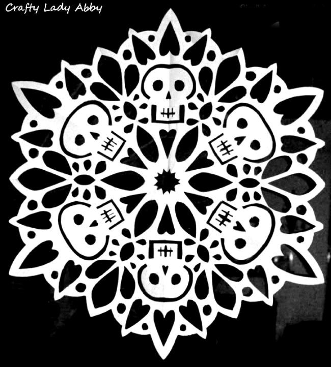 Sugar skull crafts | sugar skull snowflakes from Crafty Lady Abby