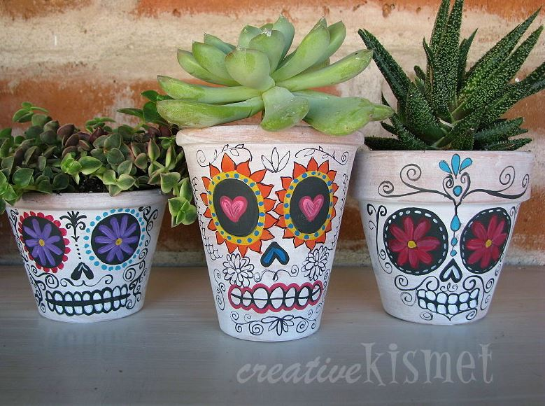 Sugar skull crafts | sugar skull planters from Creative Kismet