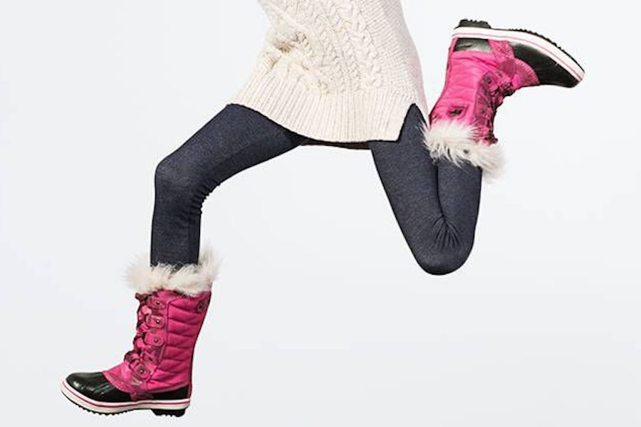 5 bright and colorful snow boots for kids, to beat the winter drab
