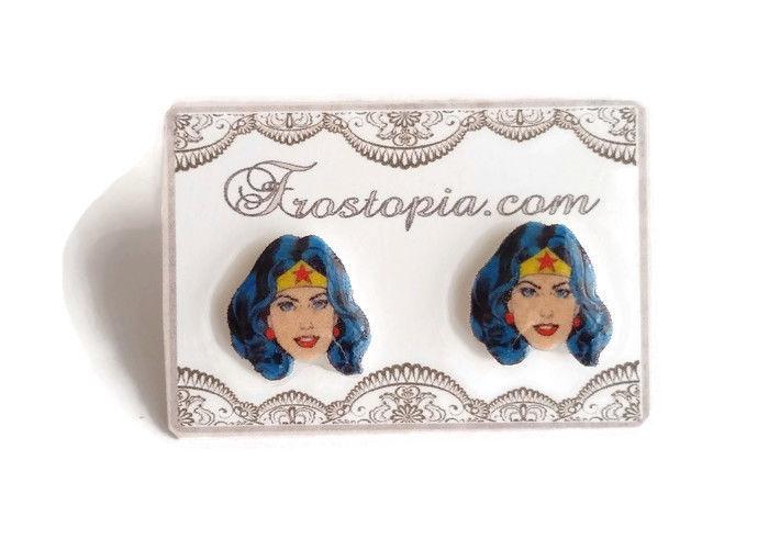 Wonder Woman earrings handmade by Frostopia: Cool stocking stuffer ideas