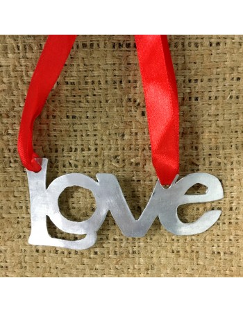 New mom gifts: Love ornament   To the Market