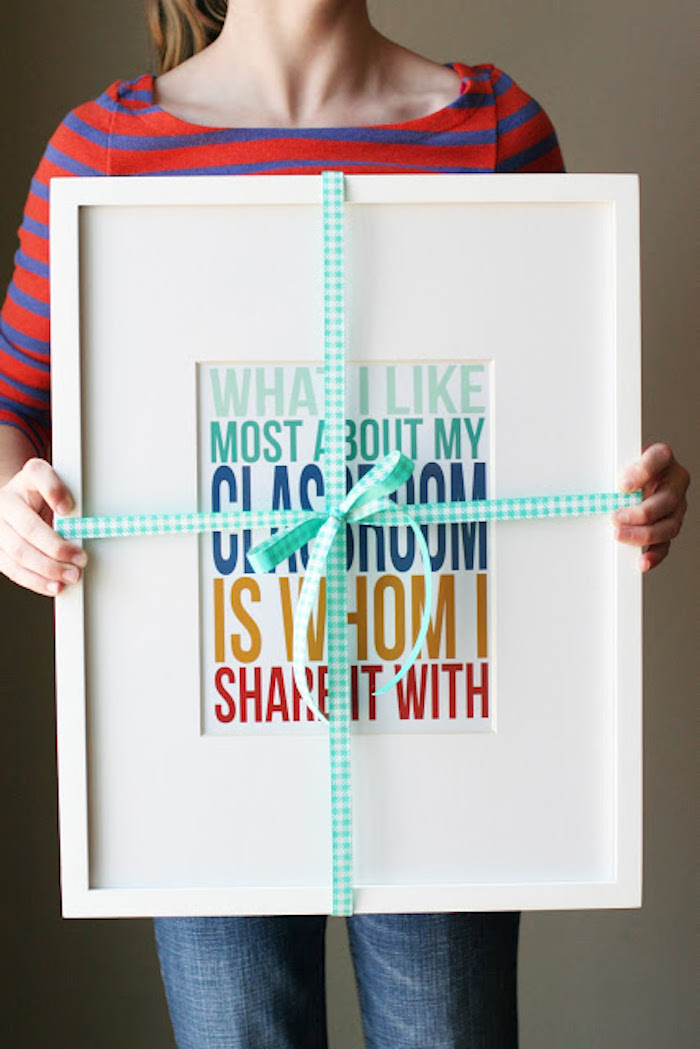 Practical holiday gifts for teachers: A printable poster for the classroom, at Eighteen25