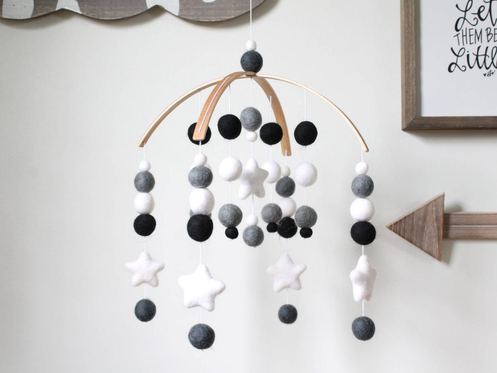 Black and white baby gifts: A fabulous handmade felt mobile from the Rainbow Barn