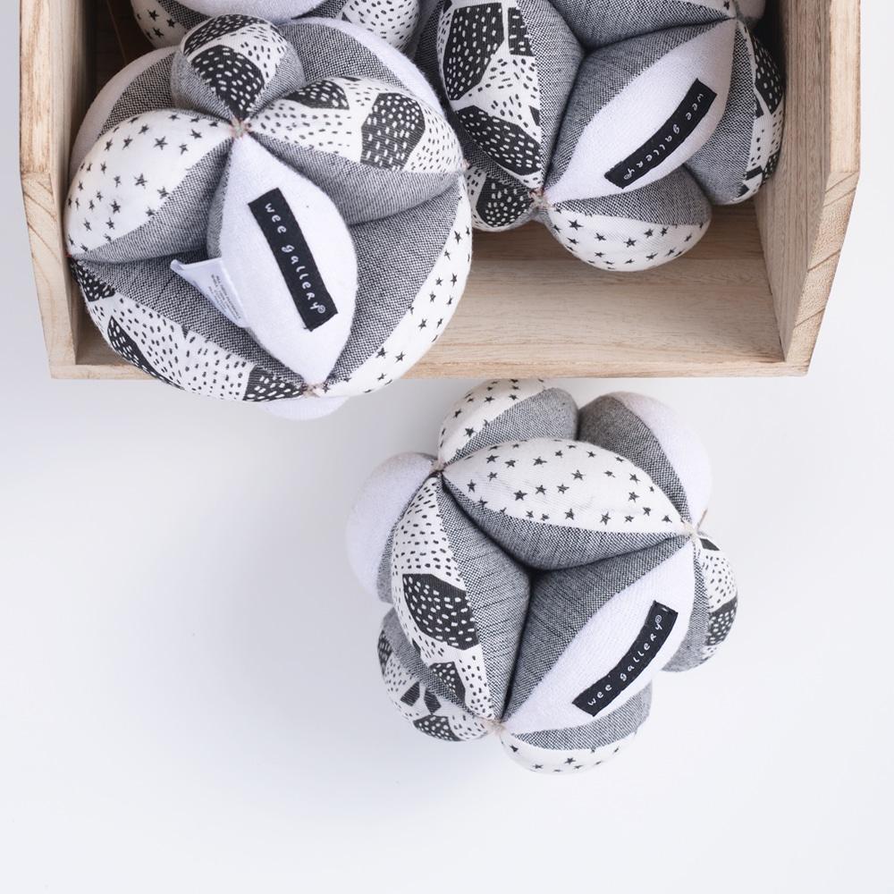 Wee Gallery's balck & white baby sensory clutch ball