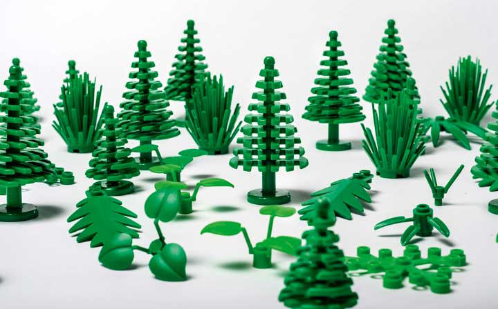 LEGO trees and botanical elements, now sustainable and eco-friendlier