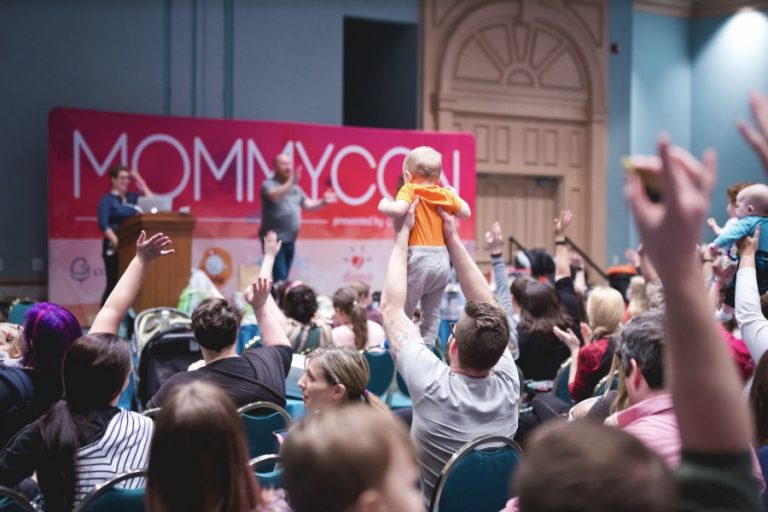 New and expectant parents: How you could attend the MommyCon natural parenting show for free!