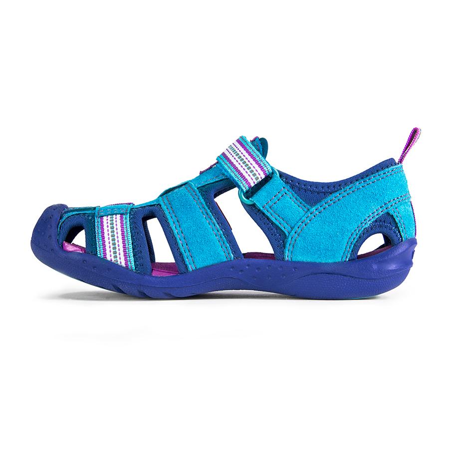 6 Crocs alternatives: Flex Sahara kids' sandals by Pediped