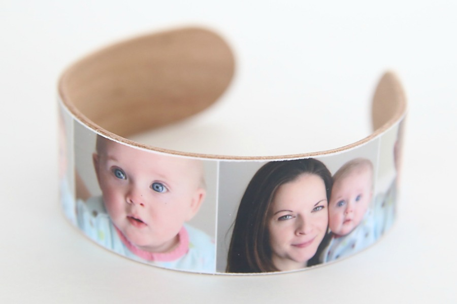DIY Mother's Day gifts: Handmade Photo Bracelet by It's Always AutumnIdeas for DIY Mother's Day gifts kids can make: Easy photo bracelet tutorial from It's Always Autumn